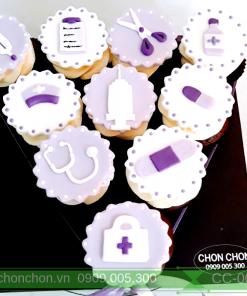 Bánh CupCake Dễ Thương Dành Cho Bé Thích Làm Bác Sĩ MS CC-0083